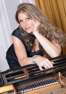 Alex Jazz female singer and pianist for Hire